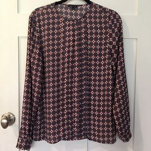 Medallion print blouse with keyhole button neck